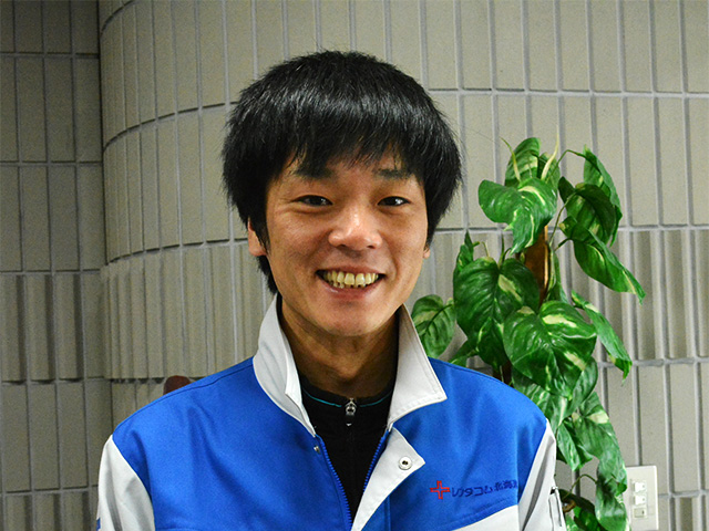 社員インタビュー(営業 2006年新卒入社)